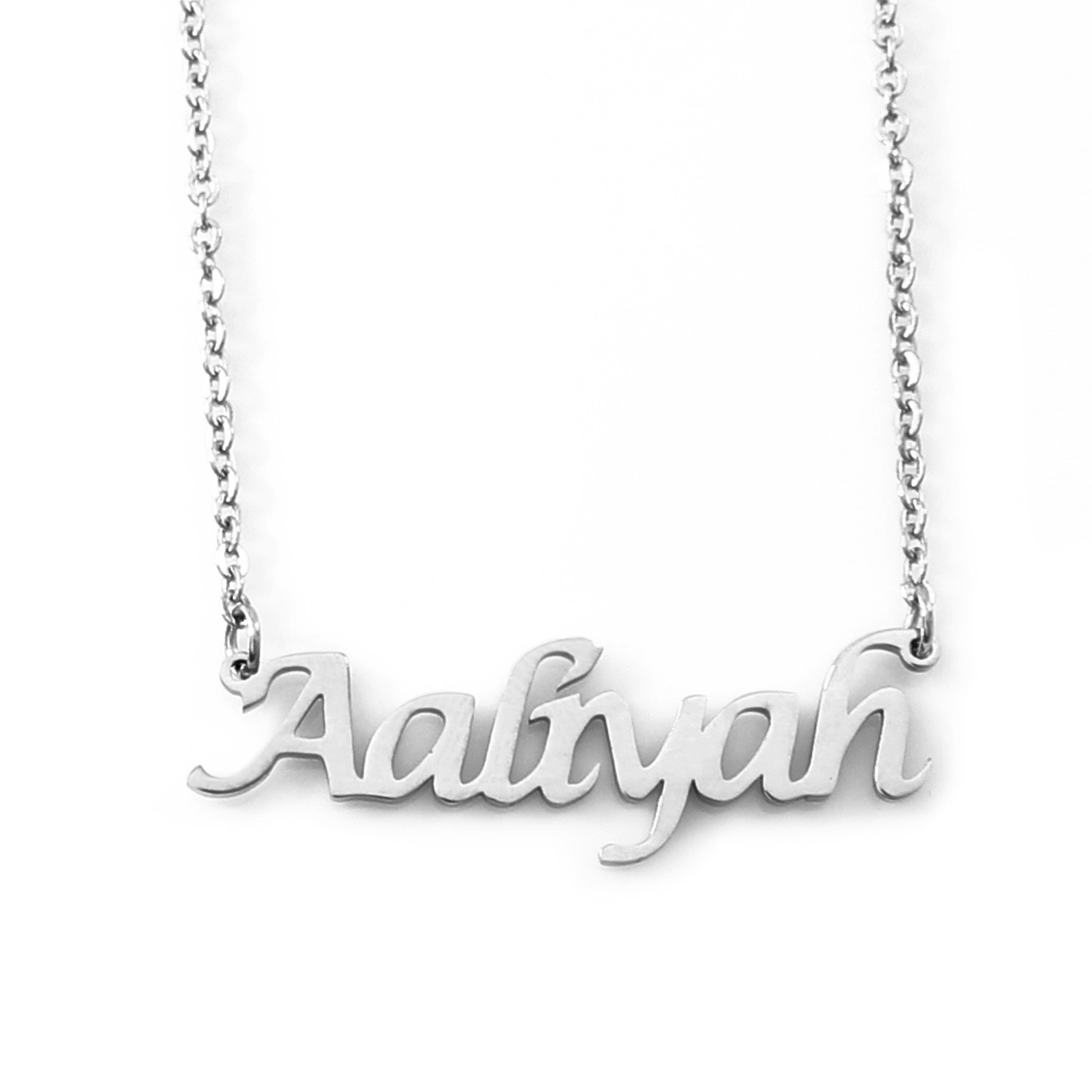 Name Chain ( English name on a chain )